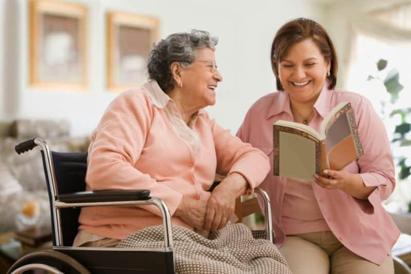 статика для вакансий 2 - Сиделка помощница пожилой паре
