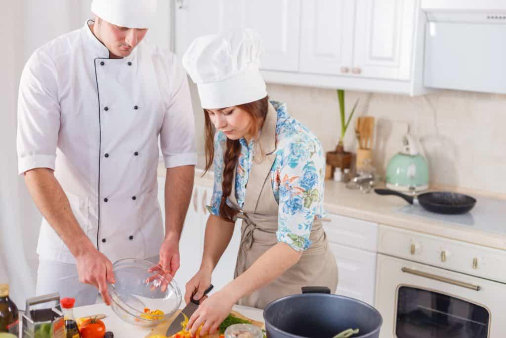 работа домашним Поваром киев - Повар для семьи